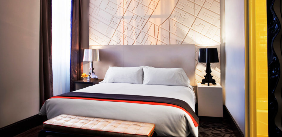 w-hotels-new-york-w-union-square-wow-suite-split-1