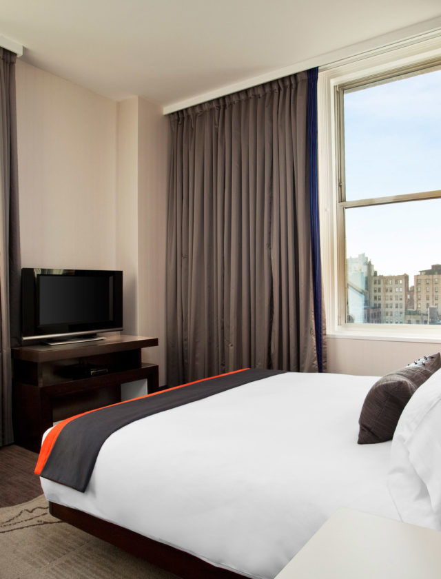 W Hotels of New York: W Union Square - Cool Corner Suite